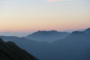 立山 遠き富士